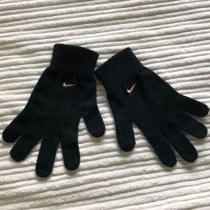 Nike gloves.